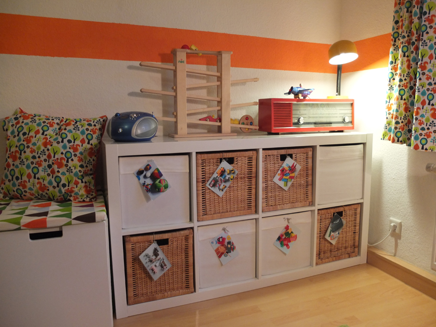 ordnung f r spielzeug im kinderzimmer geliebte ordnung. Black Bedroom Furniture Sets. Home Design Ideas